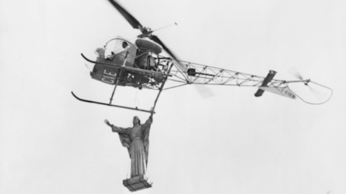 La Dolce vita - Christ, hélicoptère